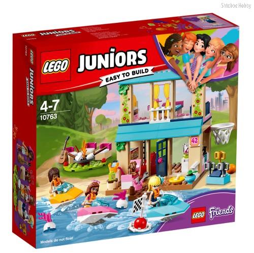 Конструктор Juniors Домик Стефани у Озера - Lego