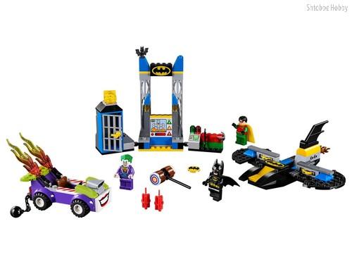 Конструктор Juniors Нападение Джокера на Бэтпещеру - Lego